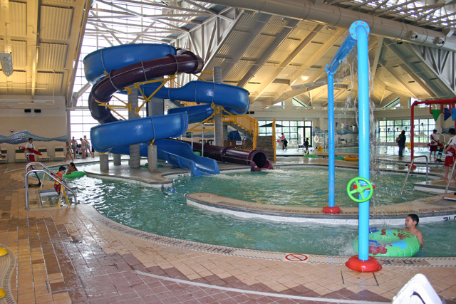 Silliman Aquatics Center Indoor Slides Pools Giant Hot